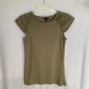 Banana Republic Green Ruffled Cap Sleeve Top  M
